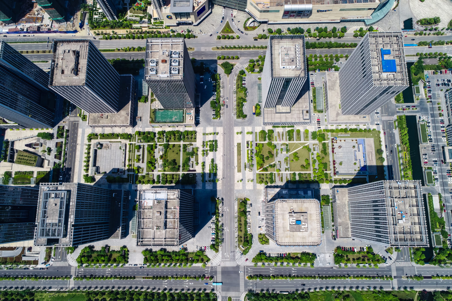hight rise condominium and office buildings Porteo